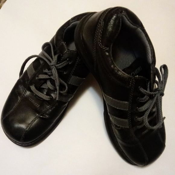 Skechers Shoes - SKETCHERS BLK LEATHER WORK SHOES, BOWLING STYLE SZ